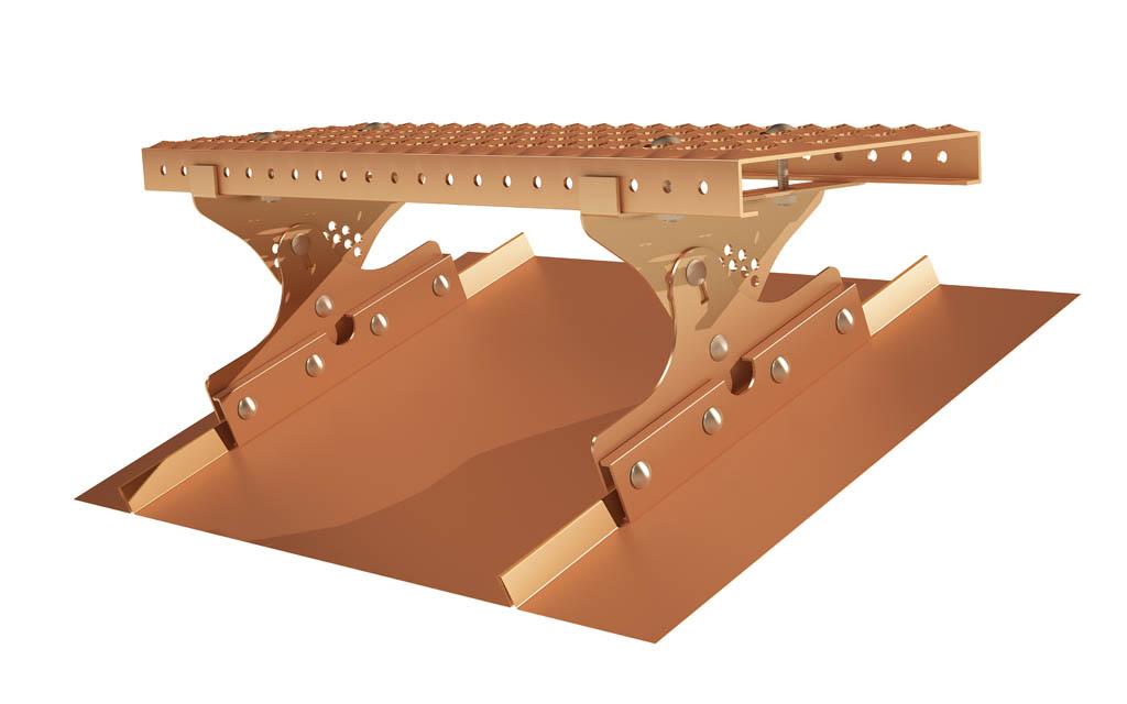 Wspornik ławy kominiarskiej TYP2 miedziany przeznaczony jest do mocowania ław kominiarskich na dachach krytych blachą w technologii rabka stojącego o kącie nachylenia od 20 do 50 stopni.